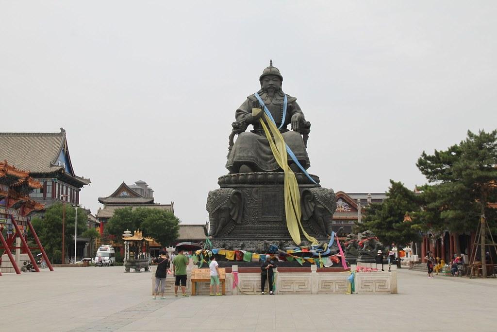 Altan Khan Statue