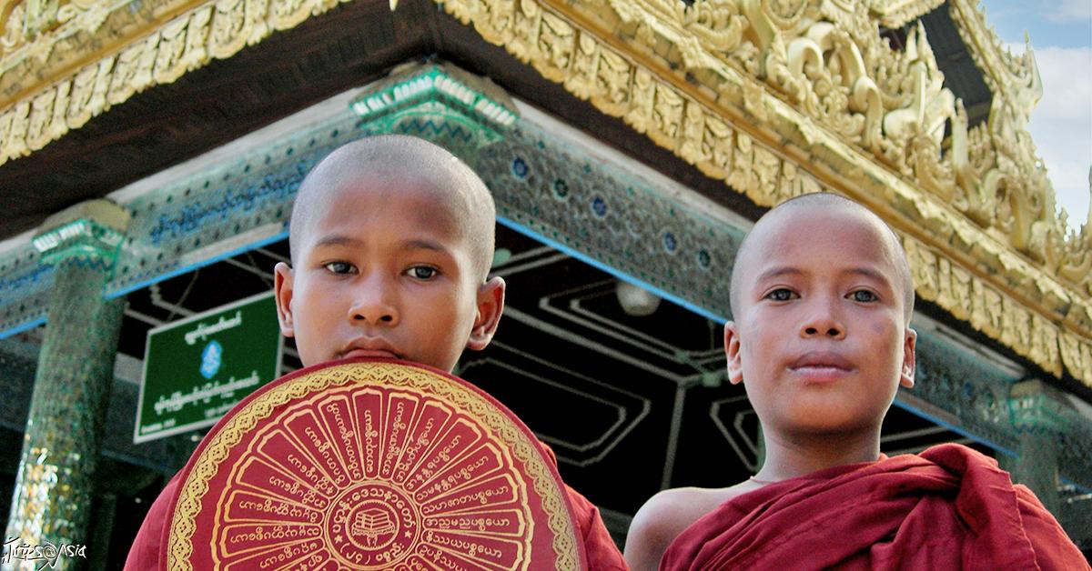 Burmese monks