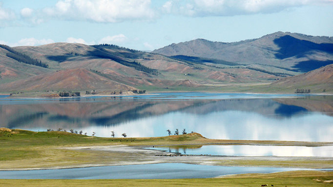 Dzun Lake 4